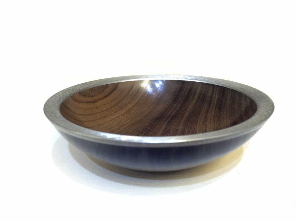 Black-Walnut-bowl-with-pewter-rim