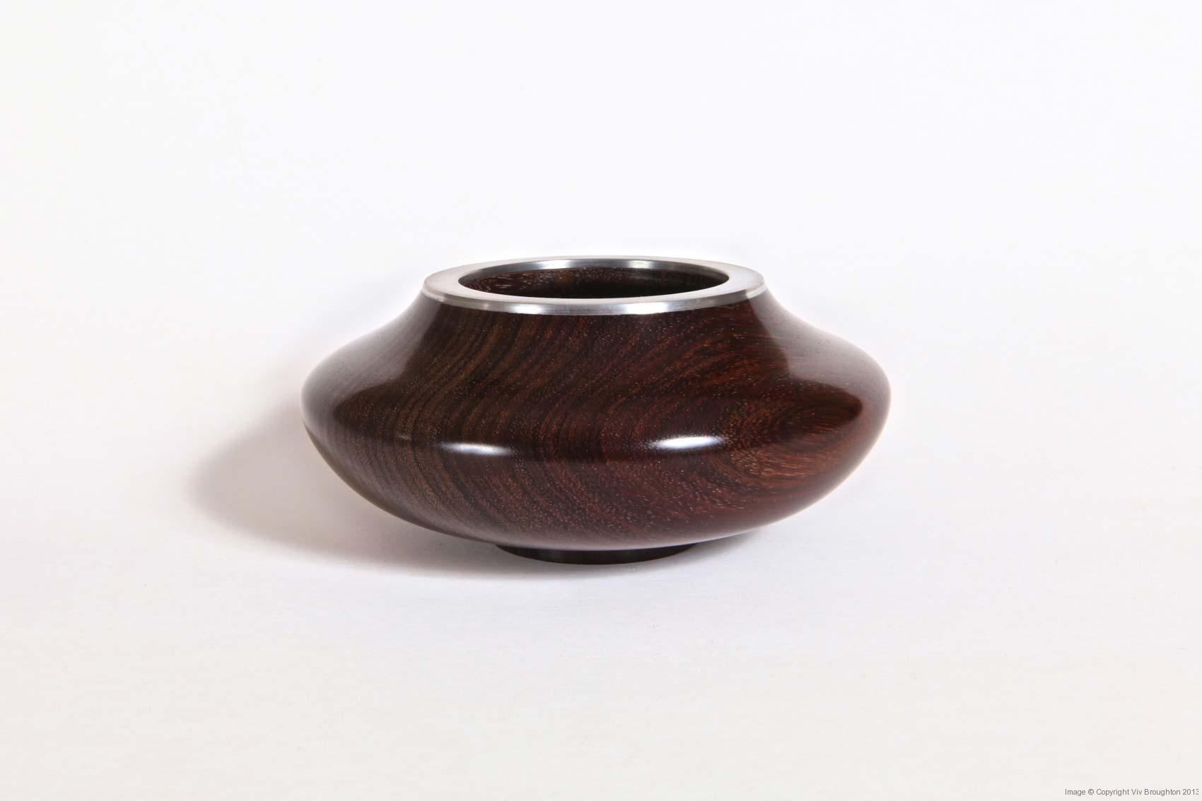 boccote-rosewood-stylised-bowl-with-pewter-rim