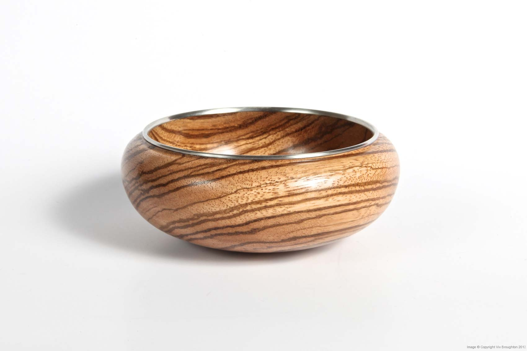 zebrano-bowl-small-with-pewter-rim