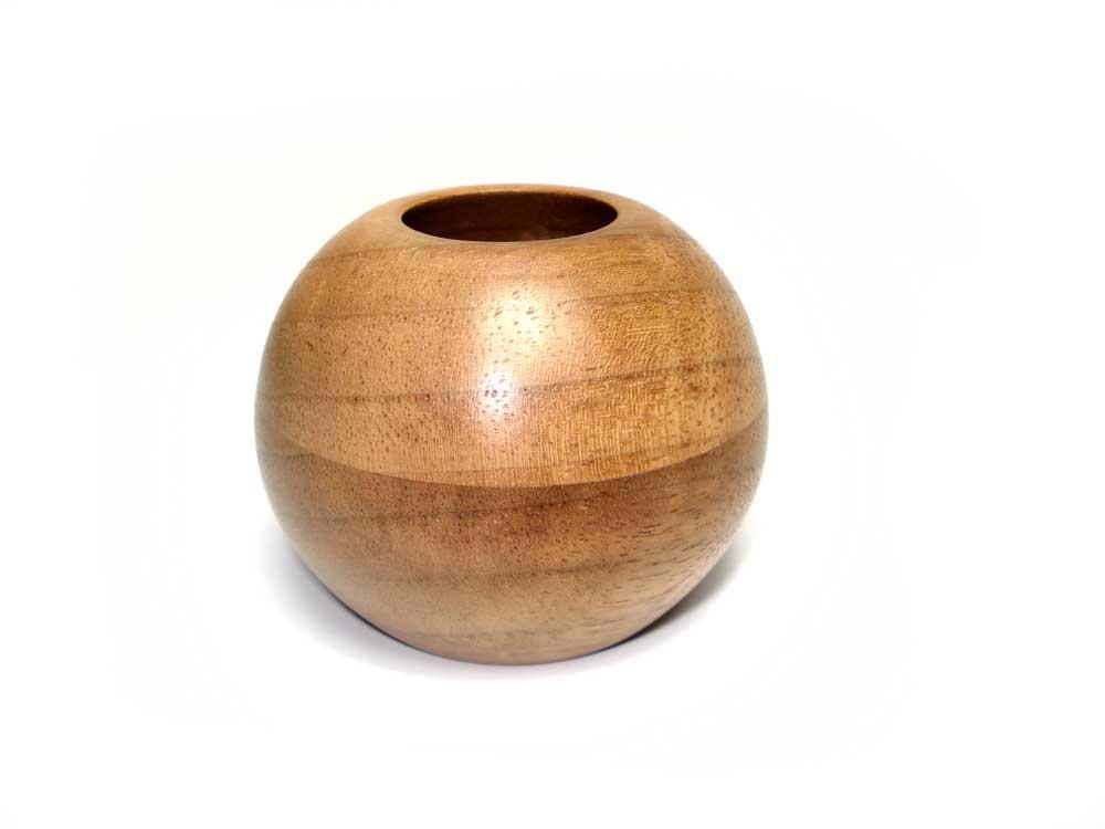 Black-Walnut-small-round-pot